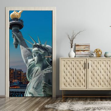 wandmotiv24 t rtapete new york skyline freiheitsstatue tapete kunstdruck t rbild m0726 st dte. Black Bedroom Furniture Sets. Home Design Ideas